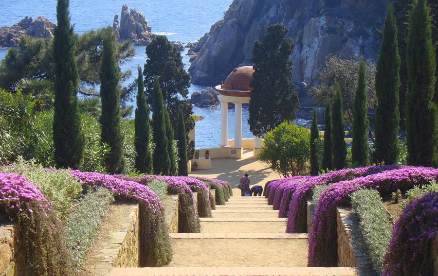 El jard n bot nico marimurtra de girona con vistas al - El jardin mediterraneo ...