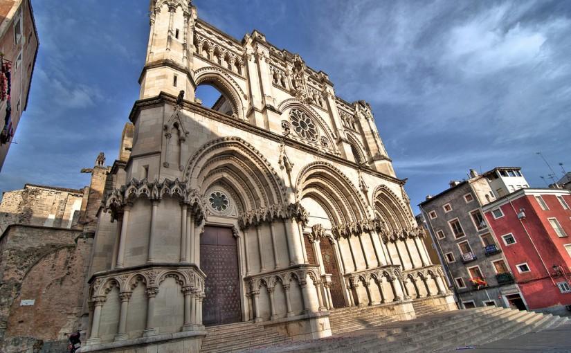 Fachada neogótica (s.XX) de la Catedral de Cuenca